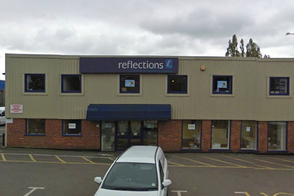 Reflections yeovil bathroom directory for Bathroom design yeovil