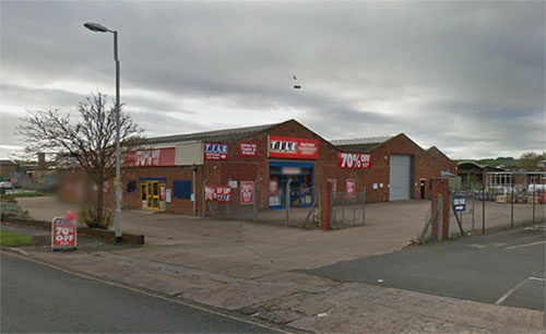 Topps Tiles Exeter Clearance