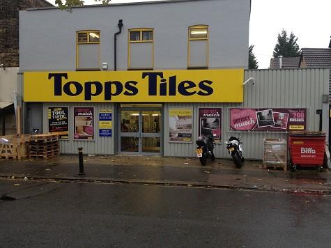 Topps Tiles Penge