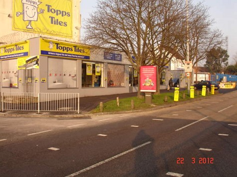 Topps Tiles Uxbridge