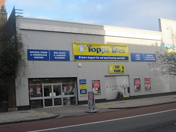 Topps Tiles Mile End