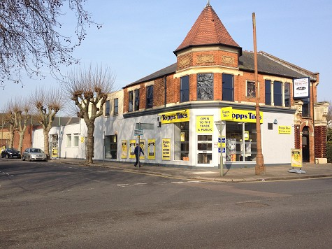 Topps Tiles North Finchley